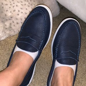 Colehaan navy blue shoes